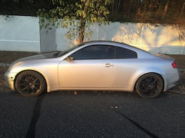 2007 Infiniti G35 Coupe with a few mods !