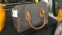 Micheal Kors bag with $428 tags! Wallingford, 06492