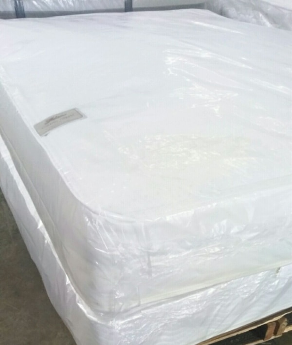 Queen Mattress And Box Spring  2