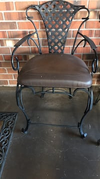 Bar stools 3 to sell. Made by Hooker Furniture. The bar stools are made with iron and real leather seats Metairie, 70006