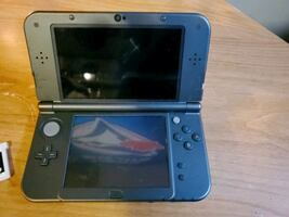 Nintendo 3 ds with game no charger