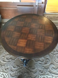 Round brown wooden coffee table Laval, H7X 4C1