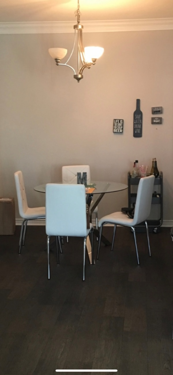 Dining room set with 4 matching chairs