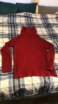 Red knit pullover hoodie, brand: express Conway, 29526