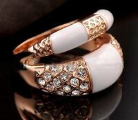 Brand new rose gold plated ring Richmond Hill, L4B 2Z7
