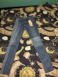 Size 24 women's levi's brand new Welland, L3B