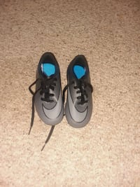 Children Nike Soccer shoes size 10c and 12c  41 mi