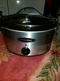 stainless steel and black Hamilton Beach slow cooker Knoxville, 37912
