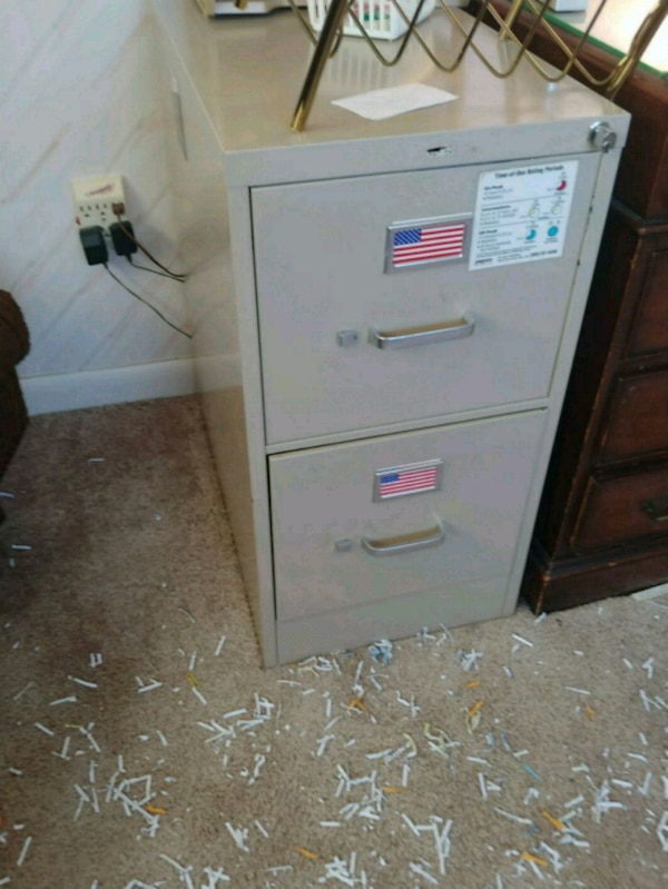 2 drawer file cabinet with key