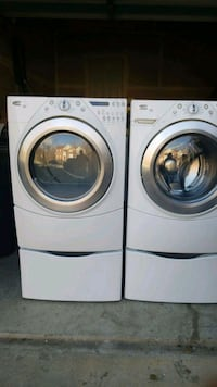 white front load washing machine and dryer set Springdale, 20774