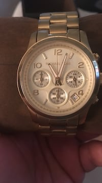 Authentic Michael Kors watch used style 5055