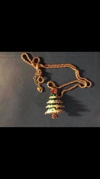 Tree Christmas Holiday Necklace Jewelry Vancouver, V5X 1A7