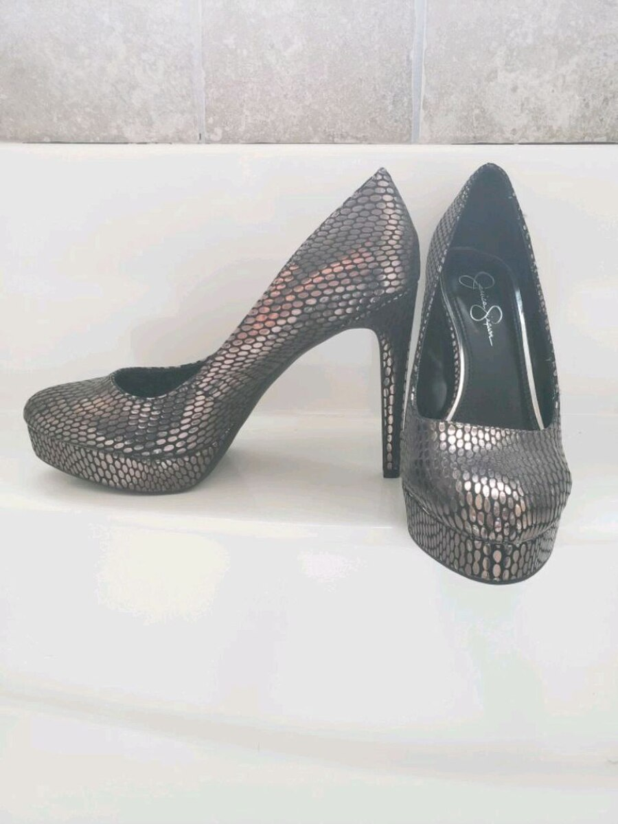Photo Jessica Simpson high heel shoes