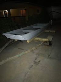 10 ft aluminum boat 300 with trailer 100 without