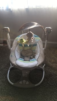 baby's gray and white swing chair Suitland, 20746