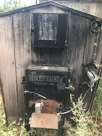 Homesteader outdoor wood boiler works great  comes with radiator, new regulator , pump and some hoses can also come with furnace if needed. Needs a few grates and chimney needs some work  asking $1000 Killarney, R0K