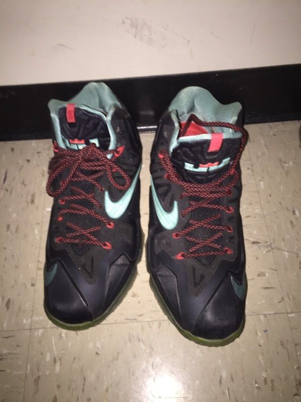 1cb0f131eedc6 Used Nike shoes for sale in New York - letgo