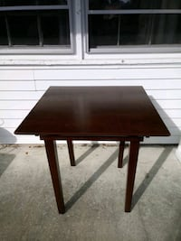Dining table small wood Norfolk, 23518