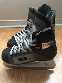 Kids skates .Size 4. Barely used . Mississauga, L5R 4C3