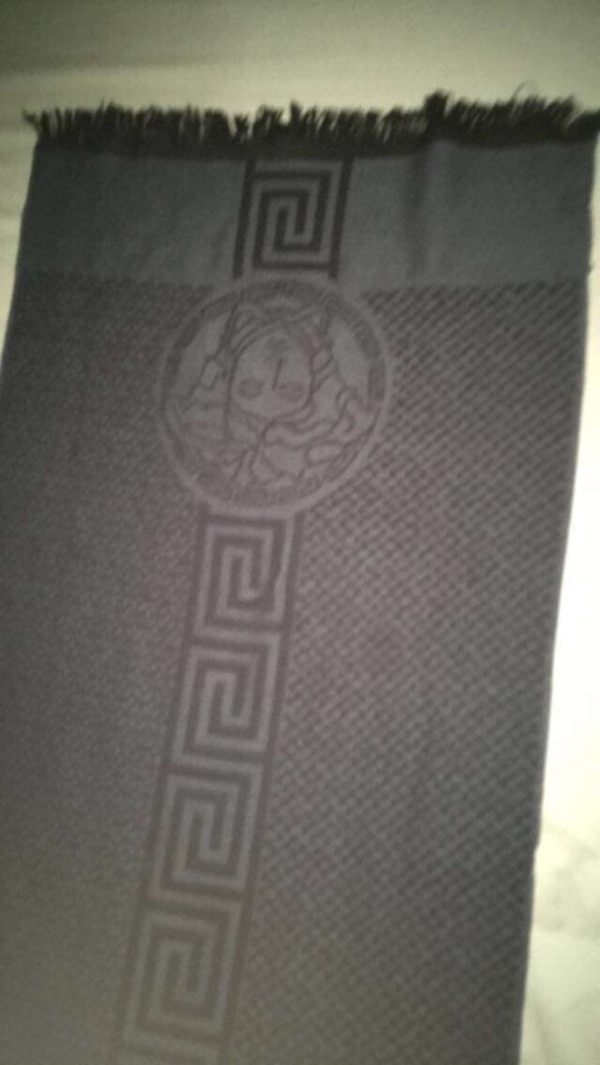 Black and grey Versace   scarf