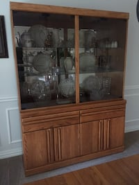 Solid Oak China Cabinet by Broyhill Houston, 77041