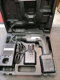 """Craftsman drill driver 3/8"""" with battery & charger Vancouver, V5T 1X9"""