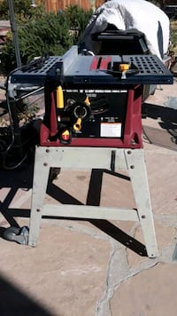 "Chicago electric 10"" 13 amp industrial table saw"