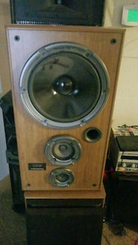 stereo speakers Reno, 89523