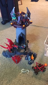 Playmobil knight castle + other knight sets