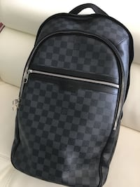 black and gray checkered backpack Brentwood, 11717