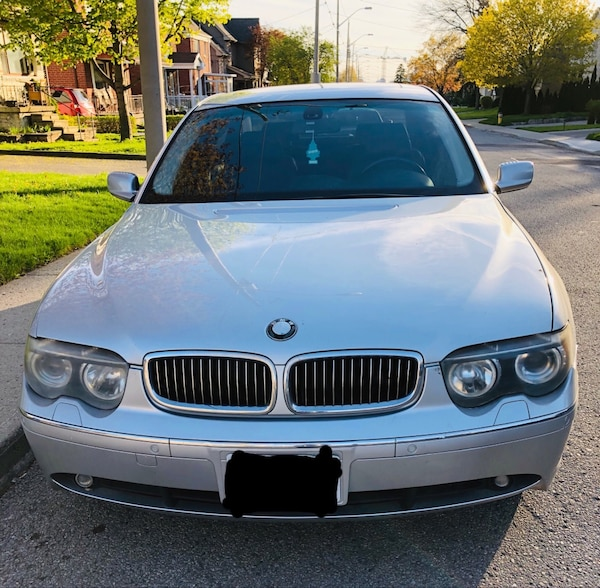 BMW - 7-Series - 2003 Selling for parts