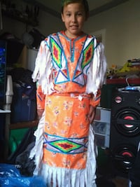 Grass dance outfit for 10 to 12 yr old Edmonton, T5T 3J7