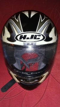 YOUTH SIZE HELMET - GREAT CONDITION Calgary, T2E 0K6