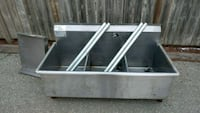 3 pot sink - Stainless Steel  Guelph, N1H 6H9