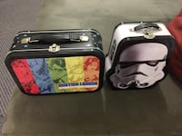 Lunch boxes star wars and justice league 20 cad each  Surrey, V3R 5V7