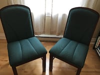 Solid chairs null