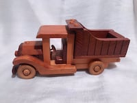 Vintage Wooden Dump Truck Shelby charter Township, 48316