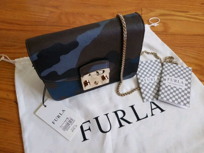New Furla Mini Crossbody Bag 7ff7549e-621a-4543-90dc-7a5666ad85ee