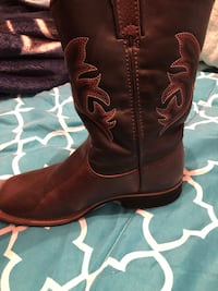 Boys cowboy boots size 1 hardly used  Donna, 78537