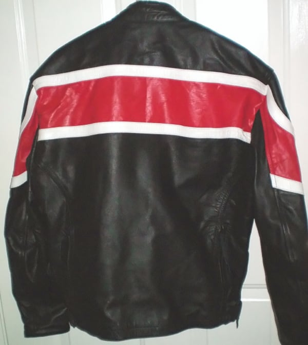RoadGear Leather Motorcycle Jacket Size 44 or Large 6056dcdd-d863-4f36-855f-acaa672bc778
