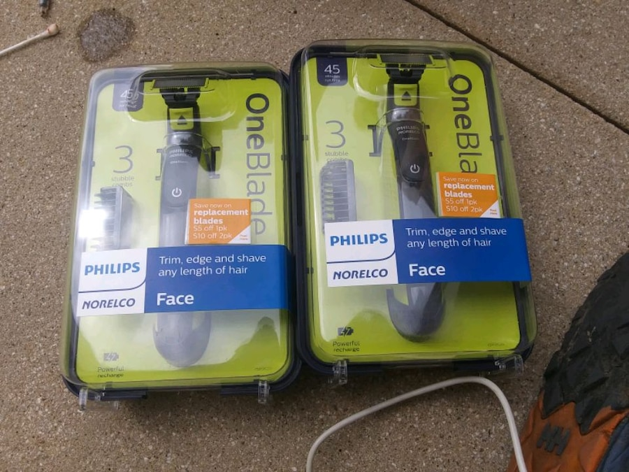 Photo 2x Philips One Blade Face Trimmer