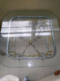 Glass table. In good condition Tampa, 33612