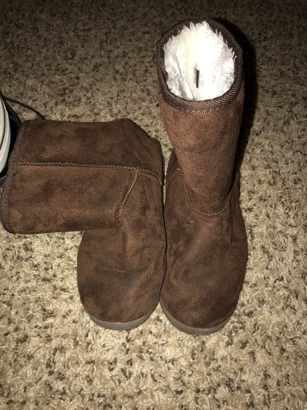 9cc44e0bc01a Used Girls Winter boots for sale in Lewisville - letgo