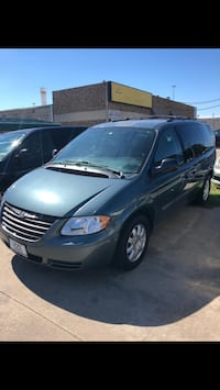 Chrysler - Town and Country - 2006 Irving, 75038
