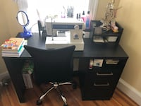 Black wooden desk w/chair Boston, 02125