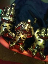 Three elephants 5 dollars a piece Pasadena, 77504