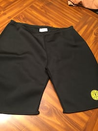 Gold gym lg/xl shorts like new Saint Augustine, 32084