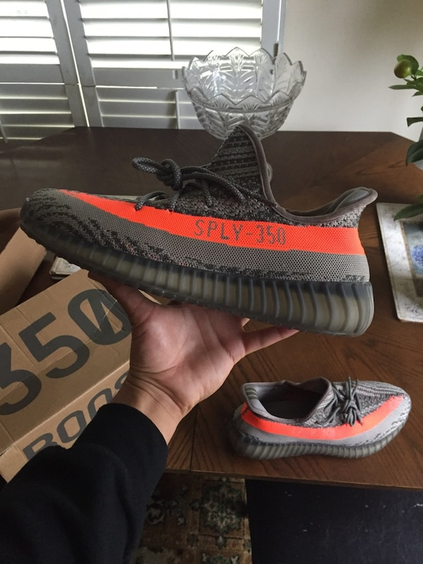 fce0f0fab Used pair of black Adidas Yeezy Boost 350 V2 for sale in Richmond Hill -  letgo