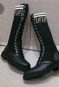 Fendi winter boots elegant and warm ,37,38,39,40 Toronto