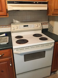white and black electric coil range oven Toronto, M1N 3N1